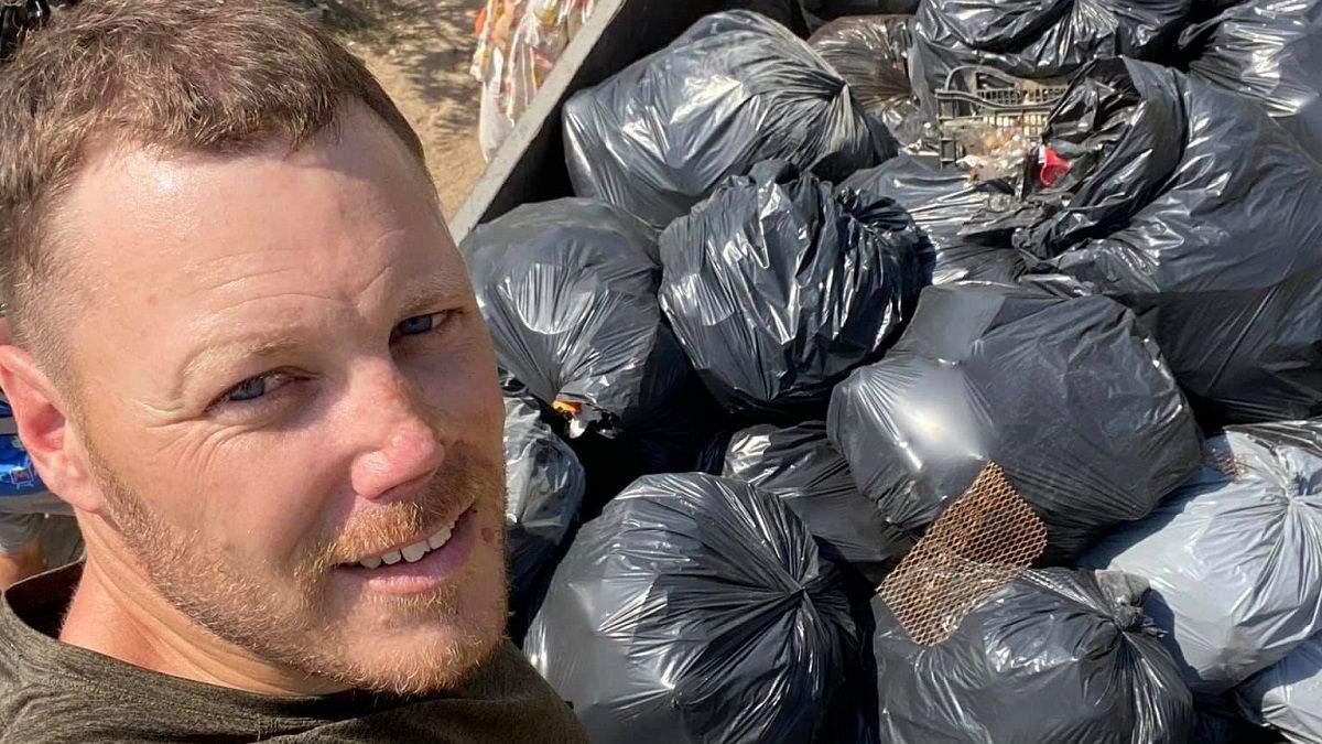 """Активісти прибрали пляж Одеси від сміття: фото """"до"""" та """"після"""" - Новини Одеси - Тренди"""