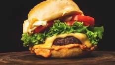 """Як приготувати смачний бургер вдома: рецепт від судді """"Мастер Шеф"""" Тетяни Литвинової"""