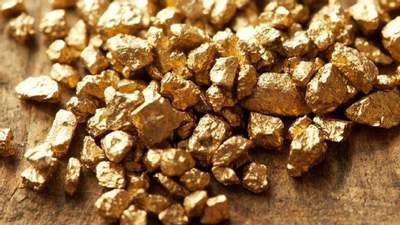 """Коштовний рециклінг: у Британії золото """"добуватимуть"""" зі старої техніки"""
